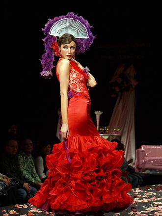 Lola Alcocer desfile Rosalia Zahino simof