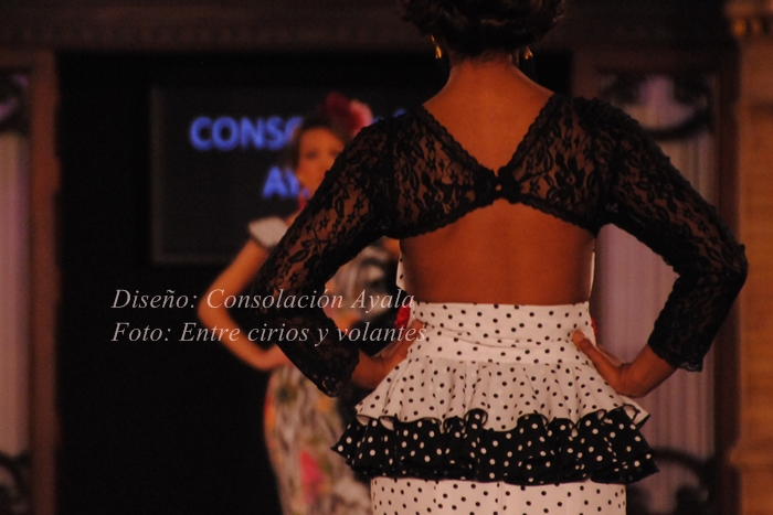 Consolacion Ayala trajes de flamenca 2015 (4)