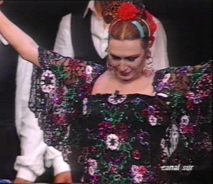 Rocio Jurado espectaculo Azabache vestida por Justo Salao