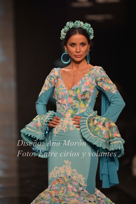 traje de flamenca ana moron foto entre cirios y volantes simof 2