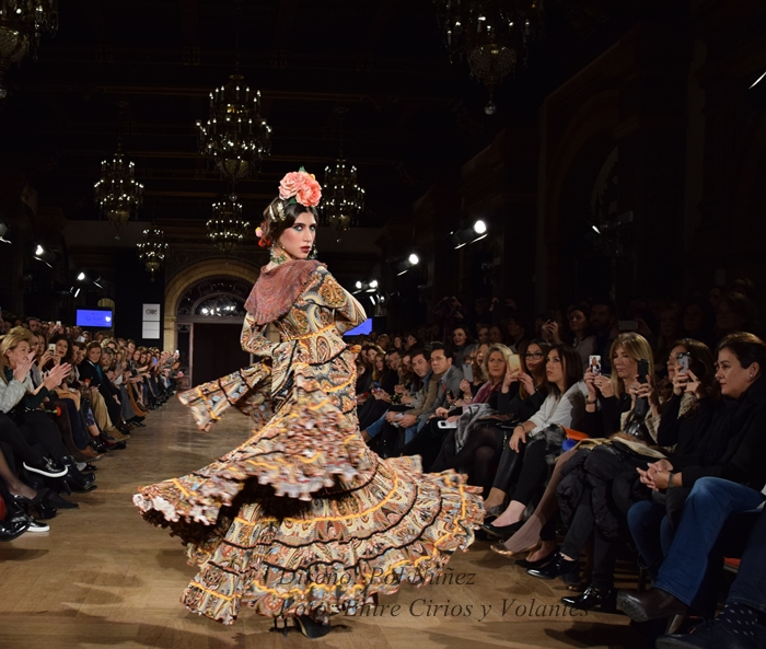 pol nunez trajes de flamenca 2016 entre cirios y volantes 2